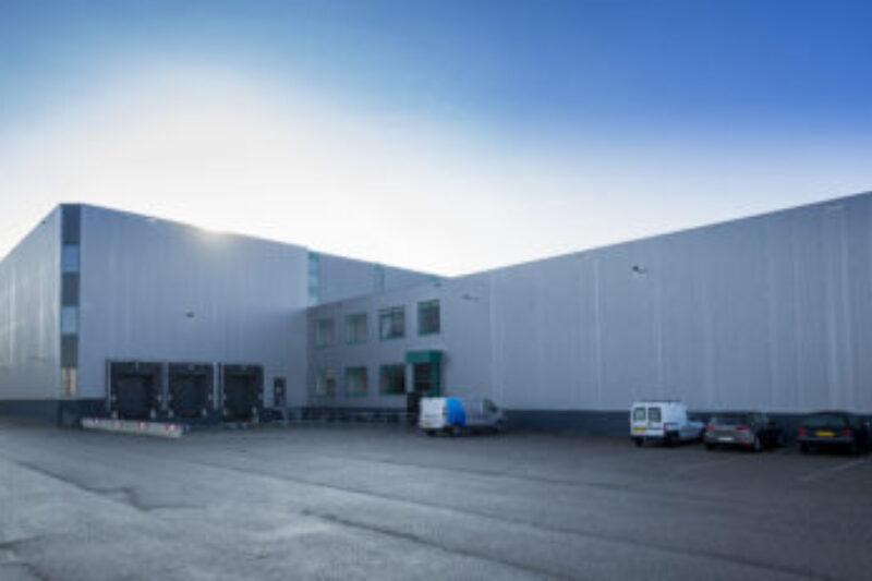 Aanpassing staalconstructie en vervanging dakbedekking